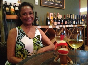 Rose and Monkey Bob enjoy some sauvignon blanc from Sonoma, of all places at Wine de Vine