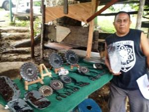 Here's Johnny! He's a Mayan slate carver with a spot along the Mopan River near the ferry to the Xunantunich archaeological site. He does great work. If you go, buy something from Johnny. He's a really nice guy.