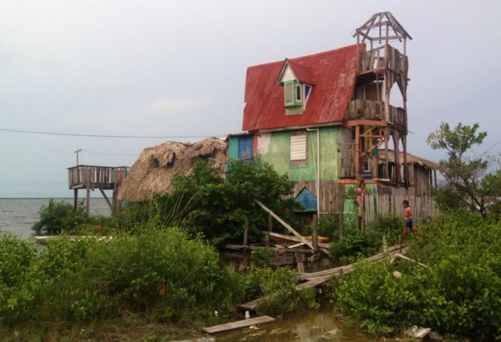 Amazing what you will find when you grab a pair of bikes and just get lost on the rutted back streets of San Pedro: The Weasley Family vacation home.