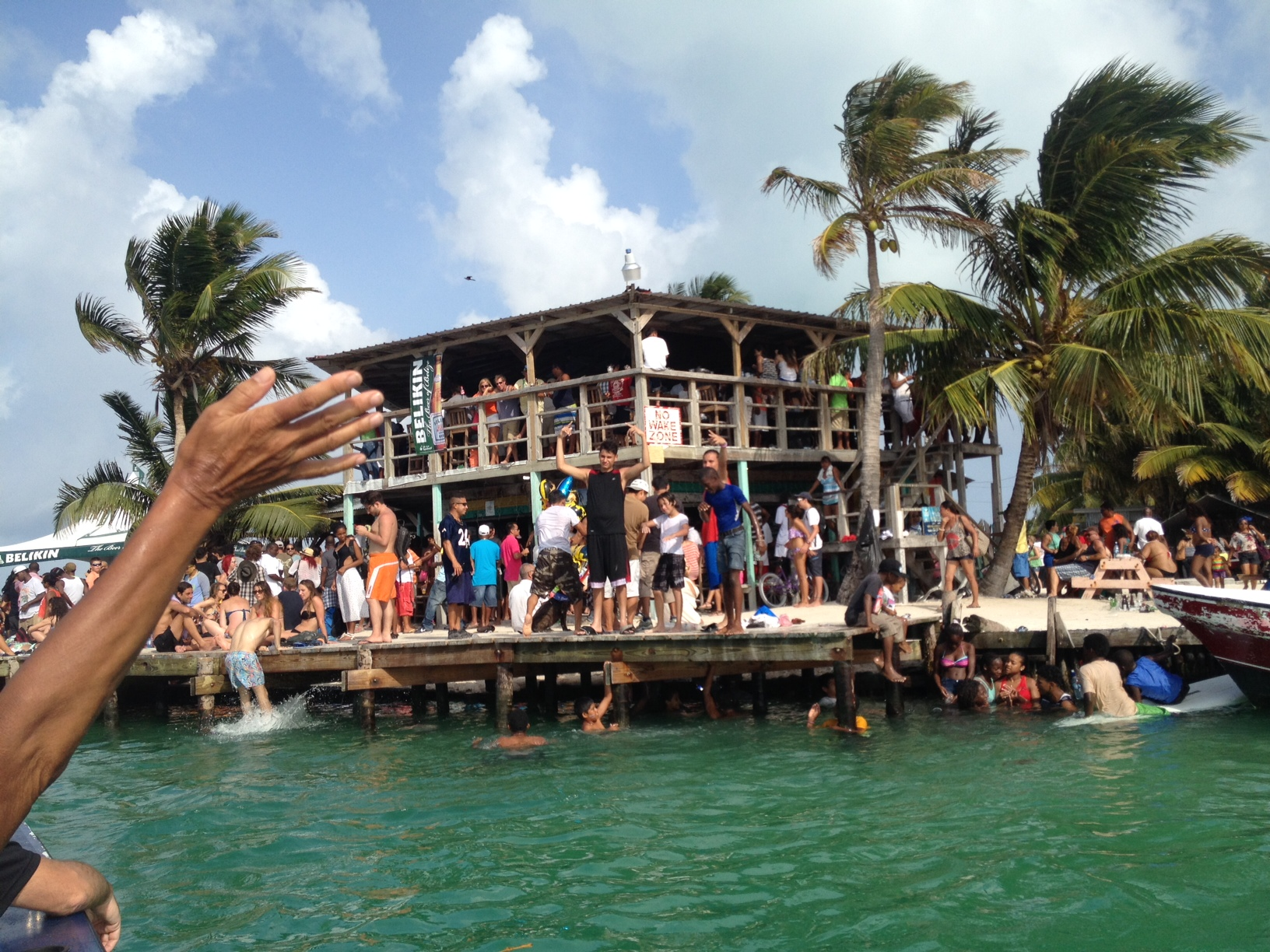 A fabulous day at Caye Caulker LobsterFest . . . but what a surprise finish « Bound for Belize