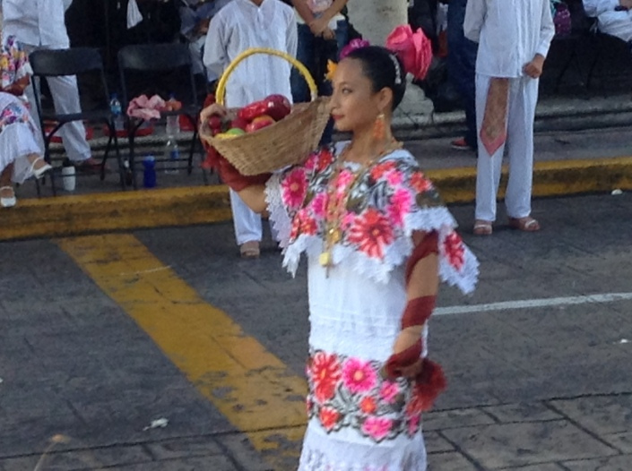 Folkloric dancers and music fill the street on Sunday afternoon at Parque Grande in Merida.