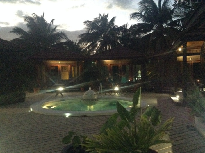 Even the night has been given thoughtful attention at Daydreamin' with soft, engaging lighting throughout the compound.