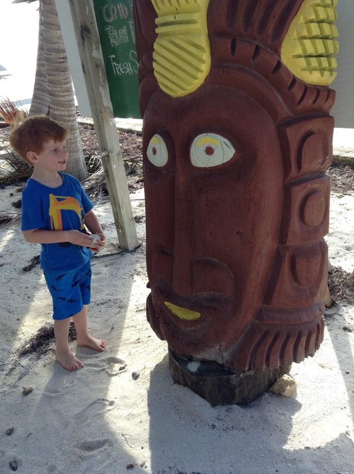 You're not in Lake Tahoe any more .... everything on Ambergris Caye was an object of fascination for Brody.