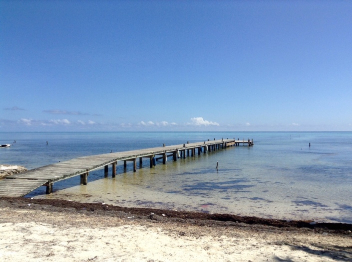 On Boca del Rio: Do piers look better when they jut out from the left side of the frame ...