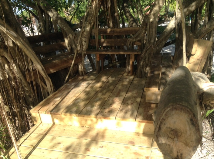 A cozy alcove carved out of trees on the lagoon side of the Truckstop.