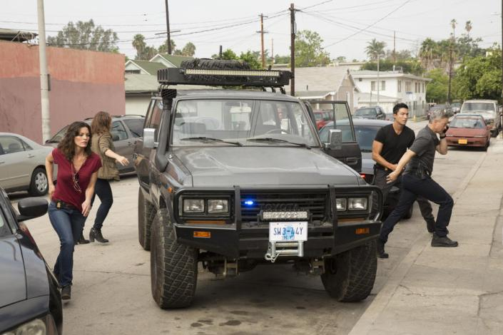 """De Los Inocentes"" (Left-right) Clara Seger (Alana De La Garza),Mae Jarvis (Annie Funke) and Matt Simmons (Daniel Henney), Unit Chief Jack Garrett (Gary Sinise), comprise the International Response Unit, the FBI division at the heart of the upcoming drama series, CRIMINAL MINDS: BEYOND BORDERS, which premieres Wednesday, March 16 (10:00-11:00 PM, ET/PT) on the CBS Television Network. The IRT is tasked with solving crimes and coming to the rescue of Americans who find themselves in danger while abroad."